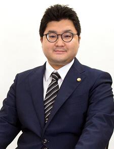 弁護士 谷崎 広輝